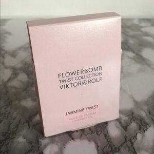 Viktor & Rolf Flowerbomb Jasmine Twist